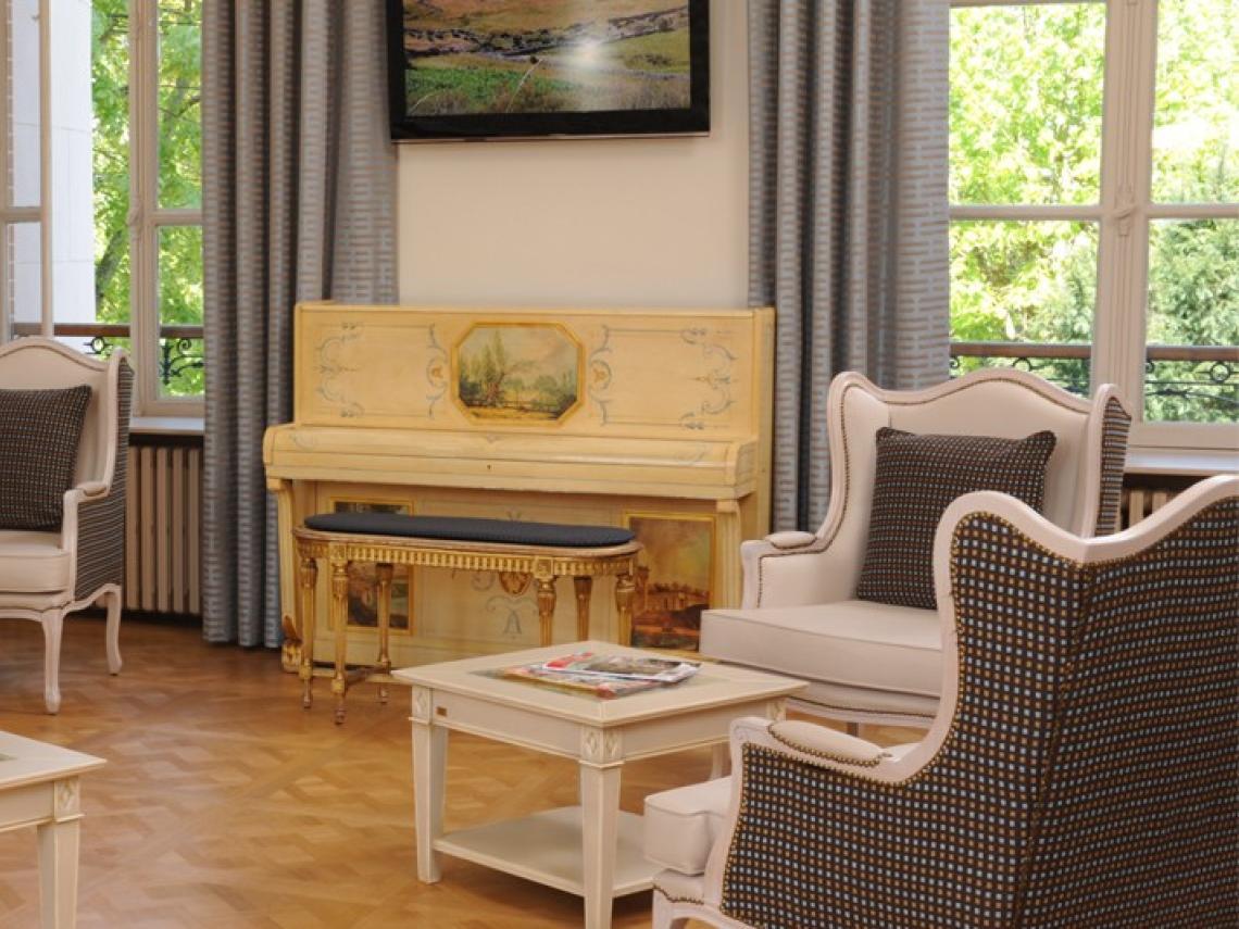 Maisons de retraite : Maison de Famille Château de Chambourcy à CHAMBOURCY (78240)