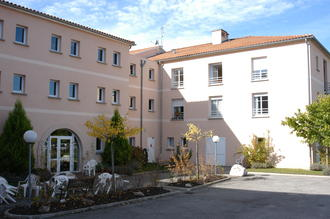 Maisons de retraite korian villa ortis jardin 38200 for Jardin 38200